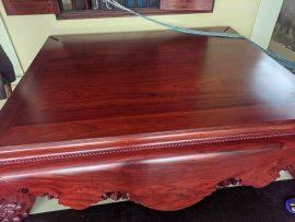 Sập trơn chân quỳ 1m8x2m2 gỗ hương đỏ Nam Phi cực đẹp (Anh Quỳnh, Hưng Yên)
