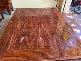 Sập trơn 1m8x2m2 gỗ hương đá Nam Phi vân veo đẳng cấp