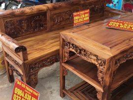 Trọn bộ sản phẩm được xẻ từ cùng 1 cây gỗ nên giống nhau cả về màu sắc lẫn hoa vân